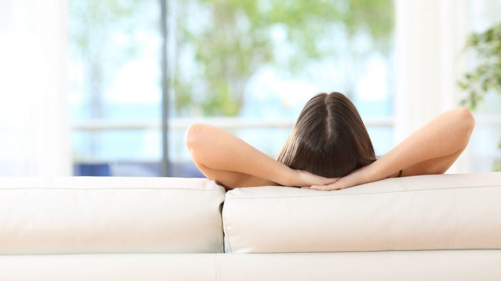 Som ambiente em casa: conheça os benefícios
