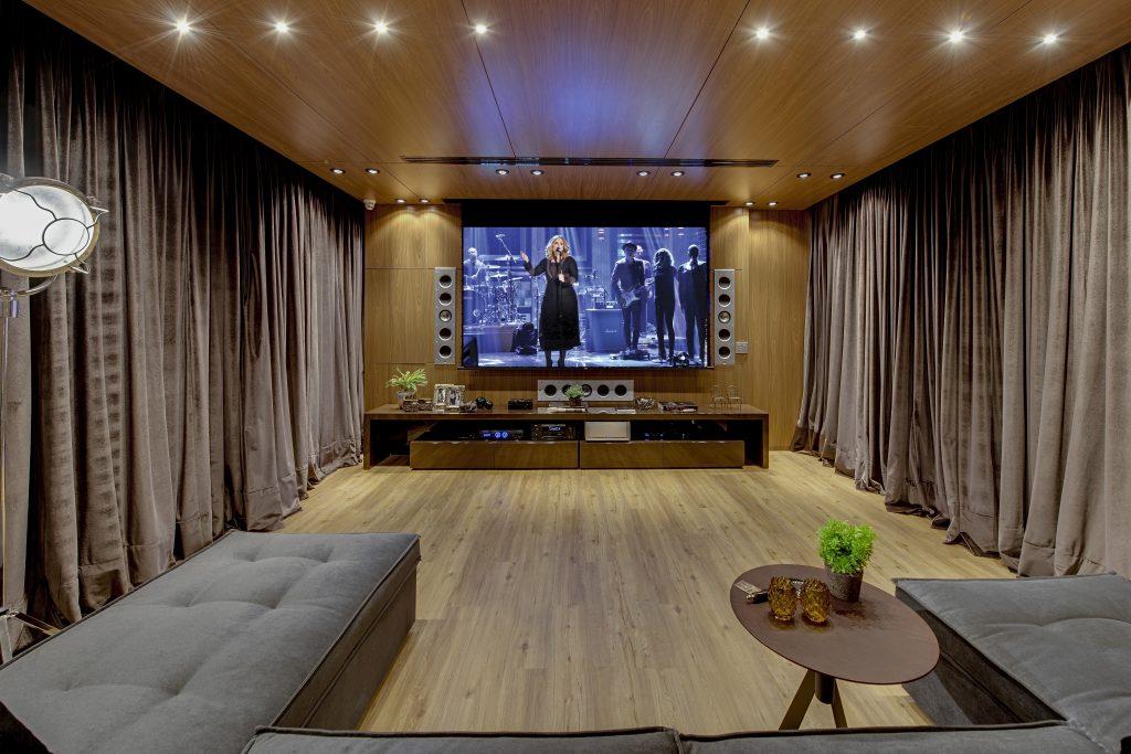 Telas fixas para projetor de home theater em Santos